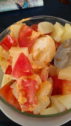 Ensalada de palmitos y tomate