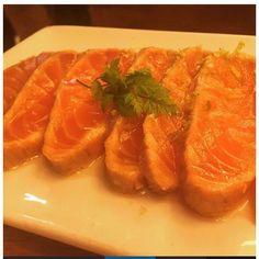 Te apetece? Vente esta noche y pídelo. Reserva!! @elspinxus  @tonist71 @tonistfood @4ubcn. #tataki #salmon #eat #enjoy #eating #eatwell #resultados #restaurante #tapas #tasty #unico #ideea #pinchos #socdelspinxus #foodporn #foodie #foodgasm #food #foodpics #gastronomia #healthy #km0 #luxury #diamonds #joya #crear #cocina #4ubcn #elspinxus by elspinxus
