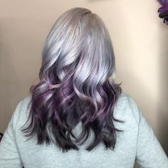 20 Remarkable Dark Ombre Hair Color Ideas for 2019 Blue Black Hair Color, Black Hair Ombre, Brown To Blonde Ombre, Ombre Hair Color, Purple Hair, Hair Colors, Silver Ombre, Colours, Really Curly Hair