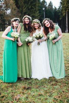 Samanthas und Thomas' selbst gemachte Vintage-Traumhochzeit @Karti Fotografie http://www.hochzeitswahn.de/inspirationen/samanthas-und-thomas-selbst-gemachte-vintage-traumhochzeit/ #wedding #bridemaids #bride