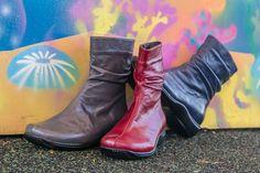 .אין, אין על החורף. .הנעליים הכי מדליקות, הכי נוחות נעלי קלאסיק , ויצמן ,70 כפר סבא מול קניון ערים  לדף הפייסבוק של נעלי קלאסיק: https://www.facebook.com/classic70