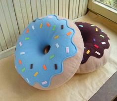 Donut Pillow - Christmas Gift - Decorative Pillow - Home Decor : Donut Cushion Designer Cushion Decorative by FainyiaShtuchki Cute Pillows, Kids Pillows, Throw Pillows, Bolster Pillow, Handmade Pillows, Decorative Pillows, Donut Cushion, Sewing Crafts, Sewing Projects