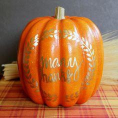 Thankful Pumpkin - A Thanksgiving Tradition #InspirationSpotlight