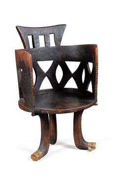 chaise à haut d African Design, African Art, African Style, African Furniture, Global Decor, Love Chair, African Home Decor, African Diaspora, Aesthetic Room Decor