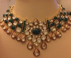 59 ideas indian wedding jewellery jewelery for 2020 India Jewelry, Pearl Jewelry, Gold Jewelry, Jewelery, Indian Wedding Jewelry, Bridal Jewelry, Bridal Earrings, Gold Jewellery Design, Diamond Jewellery