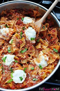 30-Minute Skillet Lasagna ~ a quick and easy, savory and cheesy, one pot, stovetop dinner   FiveHeartHome.com