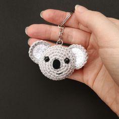 Crochet Animals, Crochet Toys, Free Crochet, Knit Crochet, Crochet Birds, Knitted Dolls, Crochet Keychain Pattern, Paintbox Yarn, Crochet Projects