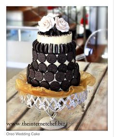 Oreo Wedding Cake. Haha Oreos are myyyy fave. Don't know if I'd do but that's so funny :)