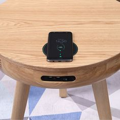 The San Francisco Round Lamp Table With QI Wireless Charger, USB Ports and Bluetooth Speakers combines the best of furniture design with smart tech features for the modern home. Garden Posts, Home Tech, Urban Survival, Wooden Furniture, Smart Furniture, Furniture Design, Bluetooth Speakers, Garden Styles, Decoration
