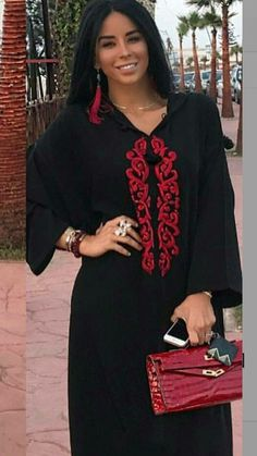 Jellaba Morrocan Dress, Moroccan Caftan, Abaya Fashion, Fashion Outfits, Womens Fashion, Saris, Middle Eastern Fashion, Stylish Hijab, Mode Abaya