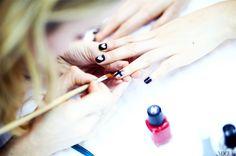 Versatile design that's equal parts gothic and romantic. // #NailArt