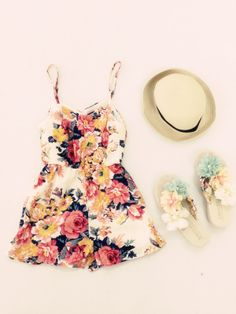 A cute summer outfit! Fasion, Fashion Outfits, Womens Fashion, Fashion Trends, Cute Summer Outfits, Cute Outfits, Trendy Outfits, Summer Dresses, Indie