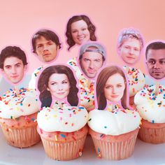 Gilmore Girls Party / Food / Where You Lead I Will Follow / Decor / Home / Lorelai / Rory / Jane.com / DIY / Craft / Netflix Party / A Year In The Life / Stars Hollow / Cupcakes / Treat / Birthday