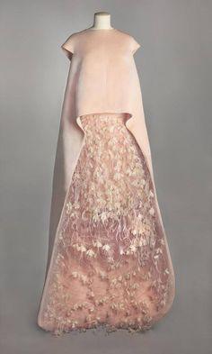 1967, Cristobal Balenciaga gown