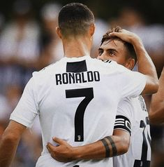19 Best Ideas For Memes About Men Being Players Football Memes, Sports Memes, Portugal National Football Team, Real Madrid Players, New Memes, Funny Memes, Girl Truths, Cristiano Ronaldo Cr7, Juventus Fc