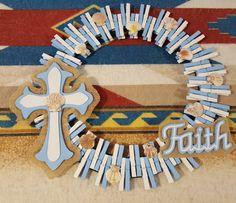 Clothespin Cross, Paint Stick Crafts, Deco Mesh Wreaths, Door Wreaths, Clothes Pin Wreath, Cross Wreath, Bazaar Crafts, Wooden Clothespins, Christian Crafts
