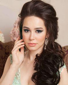 Свадебный стилист, прическа и макияж на свадьбу