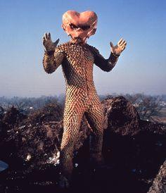 Alien_Badoo.png (550×640)