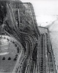The Comet, the largest wooden roller coaster at the old Crystal Beach amusement park, Ontario.--currently in Maryland park with helix restored Abandoned Mansions, Abandoned Buildings, Abandoned Places, Abandoned Theme Parks, Abandoned Amusement Parks, Magic Places, Amusement Park Rides, Lake George, Haunted Places