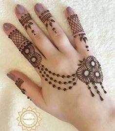 Simple-Arabic-Mehndi-Design-for-Hands-2016-2017 Mehndi Designs For Kids, Bridal Mehndi Designs, Latest Henna Designs, Mehndi Designs 2018, Simple Mehndi Designs, Beautiful Mehndi Design, Best Tattoo Designs, Hand Henna, Henna Body Art