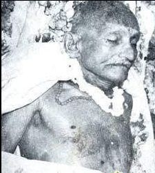 Mohandas Karamchand Gandhi - Mahatma Gandhi Dead Body