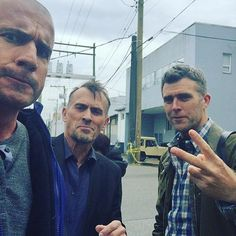 """Pin for Later: These Behind-the-Scenes Photos Will Get You Super Pumped About the Prison Break Reboot Dominic Purcell (Lincoln Burrows) welcomed Robert Knepper (Theodore """"T-Bag"""" Bagwell) back to set."""
