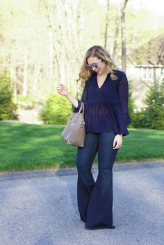 Bell Bottom Pants, Bell Bottoms, Wide Leg Jeans, Denim Jeans, Navy Tops, Flare Jeans, Passion For Fashion, What To Wear, Autumn Fashion