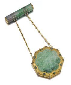 Jadeite and diamond nécessaire du soir, Boucheron, circa 1925 - Sotheby's