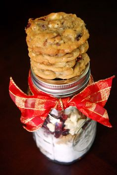 Cranberry HootyCreeks Gift in a Jar | by Life Tastes Good is a delicious mason jar gift to give to all your favorite cookie monsters!
