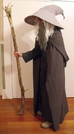 6 LOTR (Lord of the Rings) Costumes in one month: Low Budget