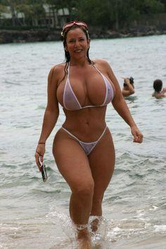 Dating real hot big boobs girls www.Datebigbreastwoman.com
