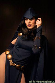 Raven - GillyKins (Gillian) - Sexy Cosplayers