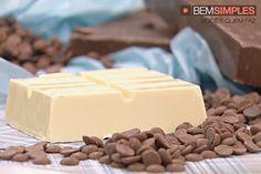 Como temperar chocolate, por Diego Lozano. http://www.bemsimples.com/br/receitas/78925-como-temperar-chocolate