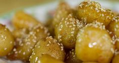 Greek honey dumplings by Greek chef Akis Petretzikis. A super delicious, traditional Greek recipe for sweet honey dumplings also known as known ''loukoumades''! Honey Recipes, Air Fry Recipes, Chef Recipes, Greek Recipes, Kitchen Recipes, Cooking Recipes, Greek Sweets, Greek Desserts, Greek Donuts