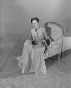 Horst P. Horst, Duchess de Windsor wearing silk gown by Mainbocher, 1947