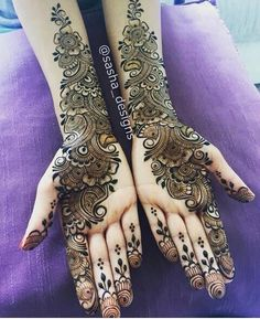 Top handpicked Arabic mehndi designs of Find unique and simple Arabic mehendi designs for hands and legs for weddings. Mehndi Designs Book, Full Hand Mehndi Designs, Indian Mehndi Designs, Mehndi Designs 2018, Mehndi Designs For Girls, Mehndi Designs For Beginners, Modern Mehndi Designs, Mehndi Design Pictures, Wedding Mehndi Designs