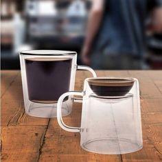 Torne seu café duplamente maravilhoso com nossa Caneca Dupla para Café! Expresso Longo ou Curto? Você escolhe! | Veja outros presentes criativos em Pequenas Felicidades