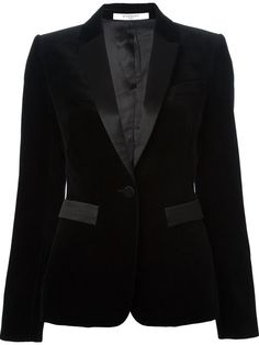 Shop Givenchy velvet blazer in Eraldo from the world's best independent boutiques at farfetch.com. Over 1000 designers from 60 boutiques in one website.