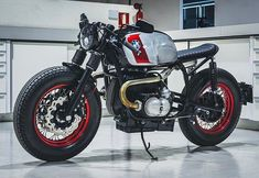 Cafe Racer Tank, Cafe Racer Style, Bike Style, Bmw R100, R80, Moto Cafe, Cafe Bike, Bmw Boxer, Motorcycle Equipment