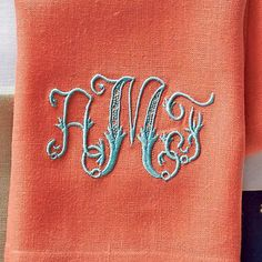 A Guide to Monogrammed Napkins - Southern Living | Fine linens expert Jane Scott Hodges shares her tried-and-true tips for monogrammed napkins.