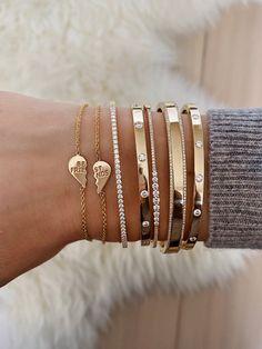 Bracelet bangle luxury gift box white 9 x 9 x 2.5 cm