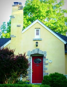 yellow house, red door | yellow houses, exterior colors and doors