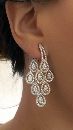 Long Diamond Earrings, Gemstone Earrings, Diamond Jewelry, Gold Jewelry, Chanel Jewelry, Luxury Jewelry, Ringa Linga, Hanging Earrings, India Jewelry