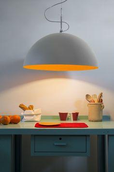 Resin pendant lamp MEZZA LUNA 1 CEMENTO by In-es.artdesign