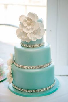 Gorgeous tiffany blue wedding cake; photo: Claire Marika Photography