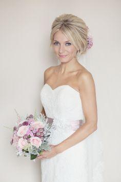 A Soft Pink and Romantic Homemade, Humanist Wedding Hair Make Up, 05梳髮設計 Wedding Hairstyles, Soft Pink, Pastel Pink, Wedding Blog, Engagement Wedding, Flowers, Diy Wedding, Hair Dooo