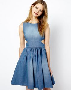 Ooh La La! 20 Beautiful Pieces of French-Inspired Clothing via Brit + Co.