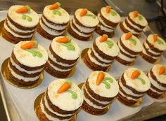 Mini Desserts Recipes For Thanksgiving another Mini Dessert Recipes For Dinner Party Mini Desserts, Wedding Desserts, Just Desserts, Mini Cake Recipes, Individual Desserts, Indian Desserts, Healthy Desserts, Mini Carrot Cake, Carrot Cakes