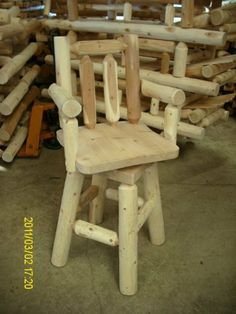 White Cedar Log Bar Stool with Arms Diy Furniture For Sale, Rustic Log Furniture, Home Bar Furniture, Building Furniture, Amish Furniture, Log Bar Stools, Rustic Bar Stools, Wood Shop Projects, Cedar Log