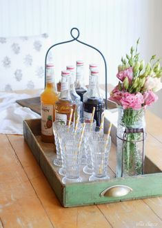 We love how Kristen from Ella Claire used a #vintage drawer to create a stylish serving tray. #homedecor